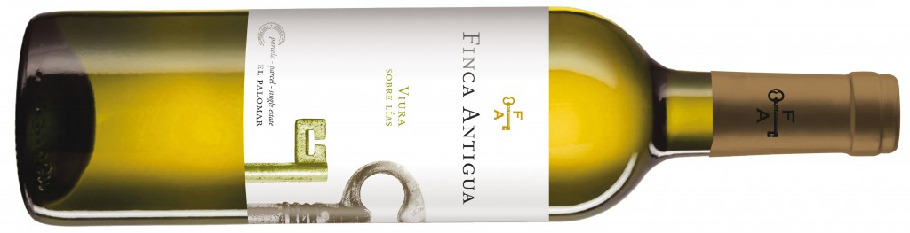 Very Special White Wines to Enjoy During the Summer